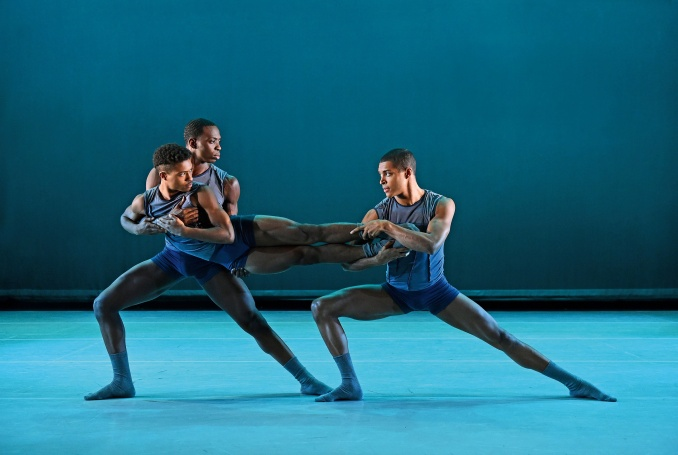 Ailey II, SOMETHING TANGIBLE - Foto Eduardo Patino