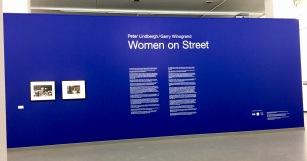 Woman on Street au NRW Forum