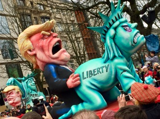 © Nath in Dass, Carnaval 2017, Trump-Wagen 1 - Jacques Tilly