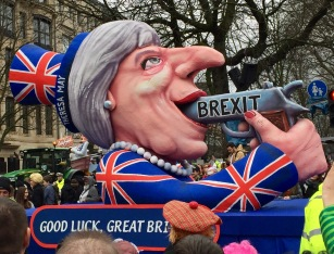 © Nath in Dass, Carnaval 2017, Brexit-Wagen - Jacques Tilly
