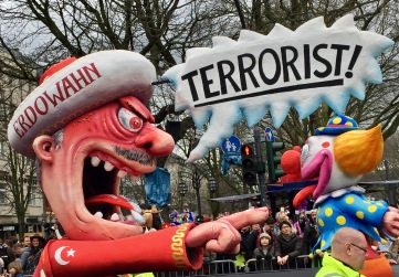 © Nath in Dass, Carnaval 2017, Erdogan-Wagen - Jacques Tilly