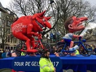© Nath in Dass, Carnaval 2017, Tour-de-France-Wagen - Jacques Tilly