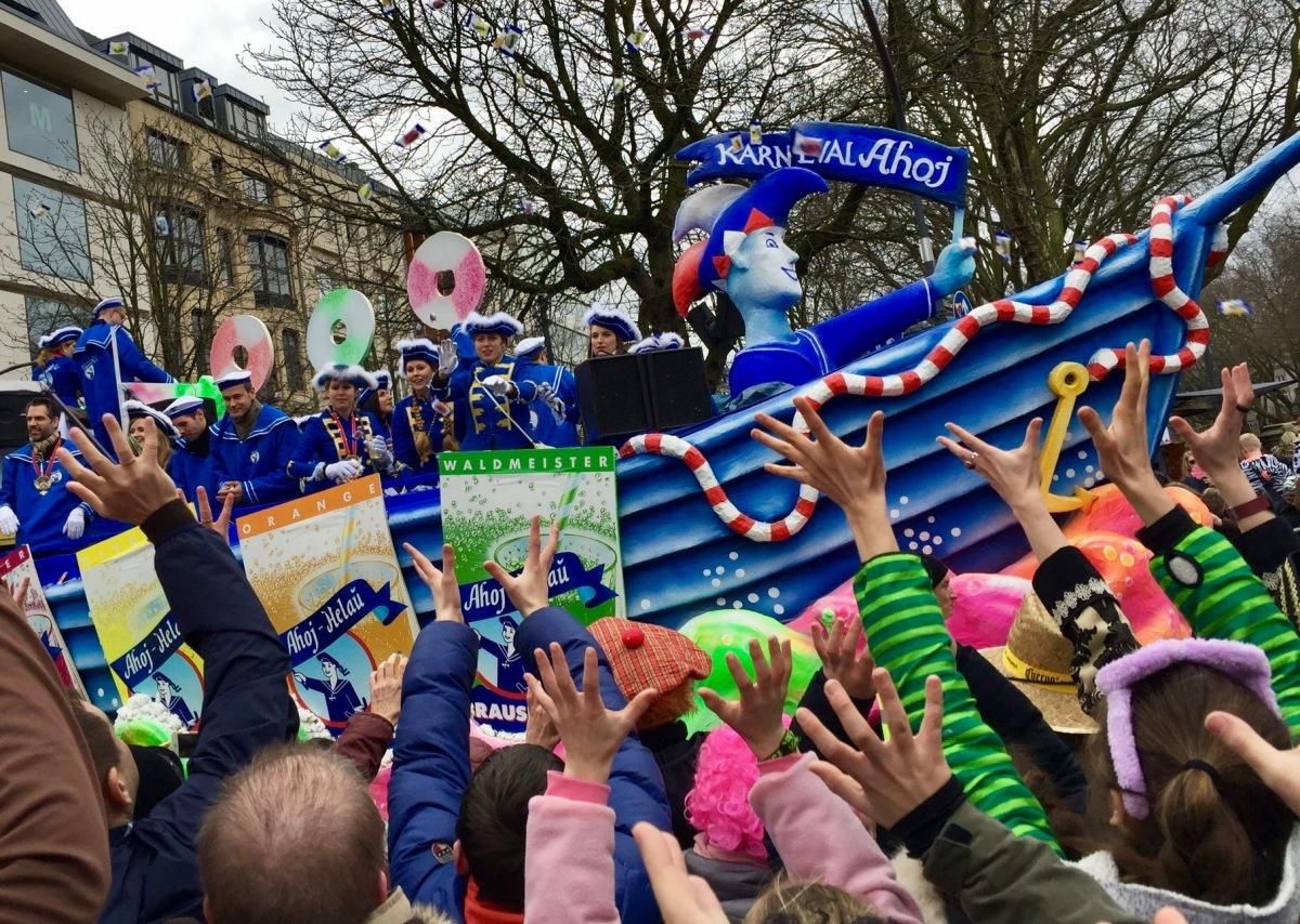 Helau, carnaval de Düsseldorf... et que la fête commence !