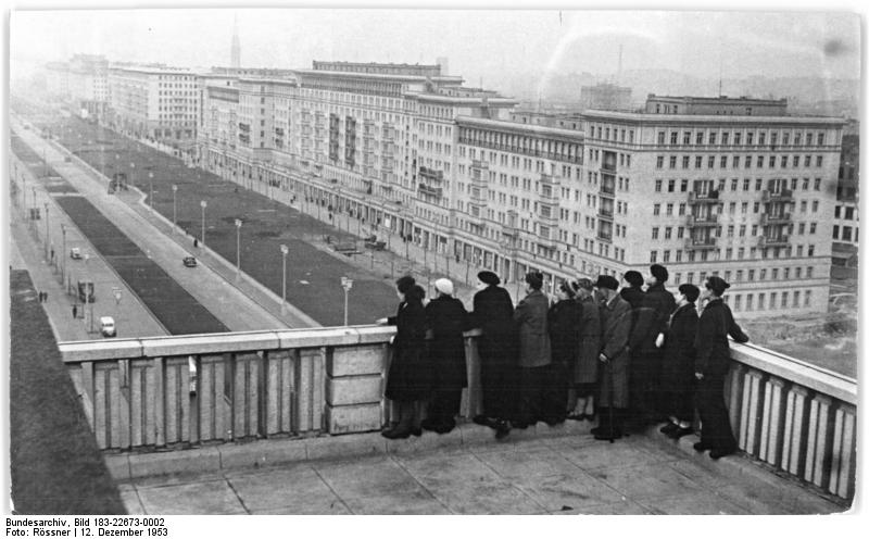 Berlin, Bau Karl-Marx-Allee, Dachgarten Magdeburger Haus